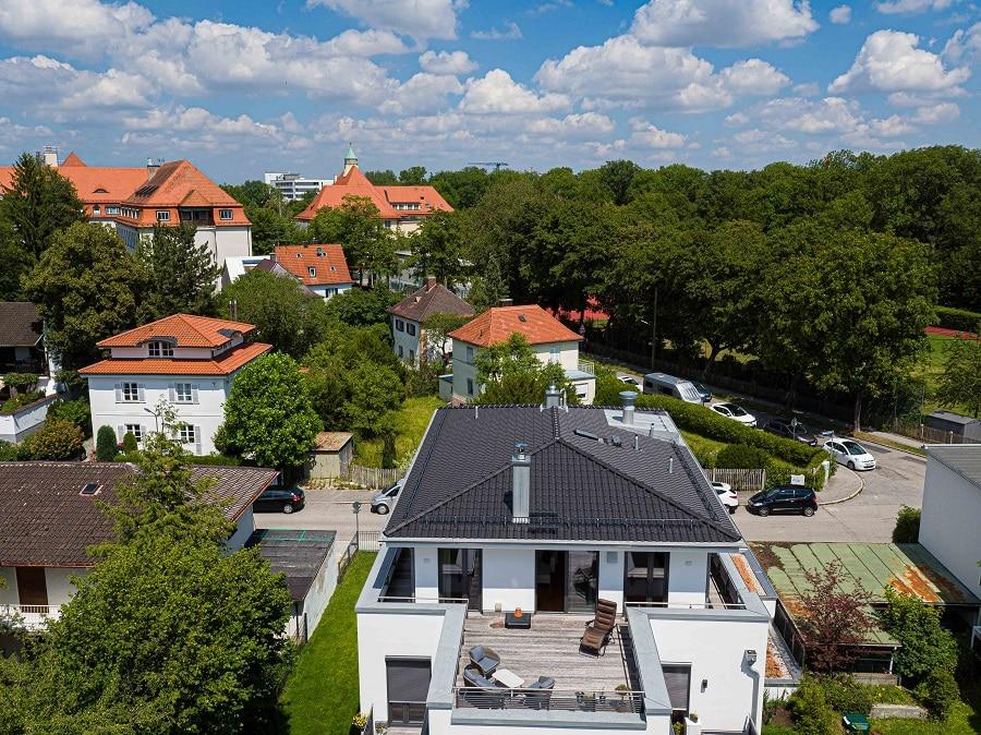 Außenansicht ür Immobilienmakler Gilching